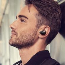 Les écouteurs WF-1000X de Sony présentés à l'IFA. (Sony)