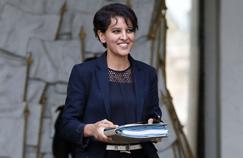 En déplacement à Reims, la ministre de l'Education nationale a défendu sa réforme devant un public acquis.