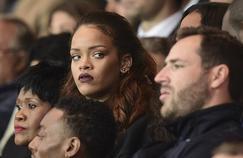Rihanna dans les tribunes du Parc des Princes.