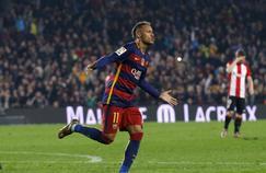 Agacé par une rumeur, Neymar s'en est pris à un journaliste sur Snapchat.