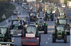 Une opération escargot d'agriculteursle 3 septembre 2015, sur l'autoroute A10. Photo d'illustration.