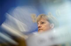 Surnommée «Mutti Teresa» par l'hebdomadaire Der Spiegel en septembre dernier, la chancelière allemande est devenue ces derniers jours «la solitaire».