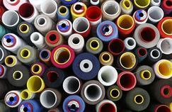 Les prix du polyester dévissent et impactent la consommation de coton.