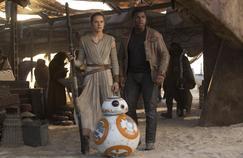 Star Wars: Le Réveil de la Force a rapporté deux milliards de dollars au box-office mondial en moins d'un mois.