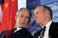 8août 2008, à Pékin, lors de l'inauguration de la nouvelle ambassade américaine en Chine, où George Bush père fut ambassadeur en 1974-1975.