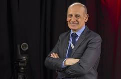 Le journaliste politique Jean-Michel Aphatie et son accent du sud-ouest fait figure d'exception dans le paysage audiovisuel national, où la norme est le français «parisien».