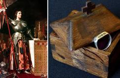 Jeanne d'Arc, par Ingres © Granger NYC/Rue des Archives. L'anneau de Jeanne d'Arc, acheté le 26février par le Puy du Fou ©Puy du Fou.