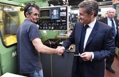 Nicolas Sarkozy a visité une entreprise d'usinage de pièces de précision, jeudi à Montargis (Loiret).