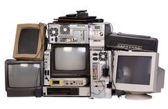 Certains fabricants comme Sony et Toshiba ont cessé de vendre des ordinateurs.