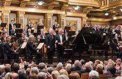 Daniel Barenboim et Zubin Mehta à la tête du Philharmonique de Vienne.