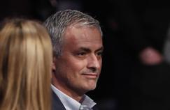 José Mourinho a été nommé entraîneur de Manchester United.