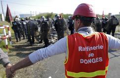 Vendredi matin, Les forces de l'ordre ont évacué dans le calme le dépôt pétrolier de Donges (Loire-Atlantique), bloqué depuis le 17 mai par ses salariés.