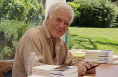 Guy Bedos présentait son livre Je me souviendrai de tout (Fayard).