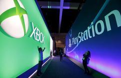 Microsoft (Xbox) et Sony (PlayStation) présenteront certaines de leurs nouveautés lors du salon E3 (ici lors de l'édition 2015), le grand rendez-vous annuel de l'industrie du jeu vidéo, qui débute dimanche à Los Angeles.