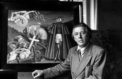 Andre Breton, l'auteur de Nadja, ici vers 1945 devant un tableau de Clovis Trouille.