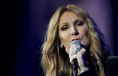 Celine Dion began her comeback in Paris a cappella, interpreting Twenty past three, the song played on January 22 at the funeral of her husband Rene Angelil.