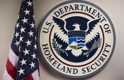 U.S. Department of Homeland Security est l'administration en charge de la sécurité intérieure des États-Unis depuis sa création en 2002.