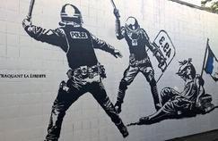 Pas question d'effacer la fresque de l'artiste Goin, réalisée dans le cadre du Grenoble Street Art Festival, comme certains le réclament. Celle-ci est de toute façon éphémère: le mur sur lequel elle a été réalisée doit être détruit d'ici quelques jours.