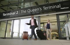 La décision concernant l'agrandissement de l'aéroport londonien de Heathrow a été reportée au mois d'octobre, lorsqu'un nouveau premier ministre sera en place.