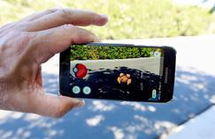 Pokémon Go est un jeu mobile qui propose de capturer de petits monstres au fur et à mesure de ses déplacements - et de se battre grâce à leur aide.