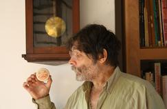 Carlos Nine a gagné le prix du meilleur album étranger au Festival d'Angoulême en 2011.