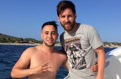 Suli, le fan qui a parcouru un kilomètre à la nage pour rencontrer Lionel Messi