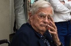 Grande figure - discrète - d'Arles et défenseur au long cours de la Camargue, le fils d'une belle dynastie suisse de mécènes Luc Hoffmann s'est éteint à l'âge de 93 ans en Carmargue, terre où s'est ancrée sa passion pour la nature et l'environnement .