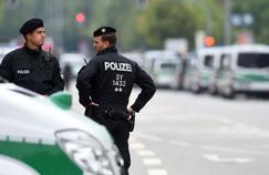 800 policiers sont toujours mobilisés.