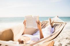 «La Fille des abattoirs» de Marc Villard et «Le Goût de l'été», anthologie signée Jacques Barozzi, deux ouvrages à glisser dans sa valise et à lire sur la plage.