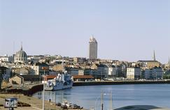 Le port de Nantes.