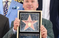 Hollywood a rendu hommage jeudi à Michael Keaton en consacrant une étoile sur le Walk of Fame à celui qui a incarné Batman.