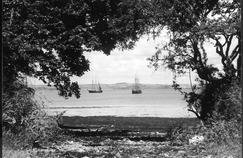 La côte galloise au large de Milford Haven, près de Pembroke dans les années 1930.