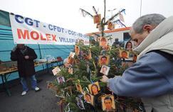 Photo prise en 2008 des salariés de Molex sur le point d'être licenciés.