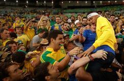 Neymar a été porté en triomphe après le sacre olympique de l'équipe masculine de Rio.