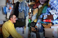 Comme Albert, près de 7000 personnes vivent dans des logements de moins de 9m² à Paris.