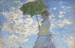 Plus de 10 000 carrés tricotés ont été nécessaires pour reproduire le tableau du célèbre peintre Claude Monet, La Femme à l'ombrelle.