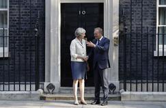 Le Premier ministre Theresa May et le président du Conseil européen Donald Tusk.