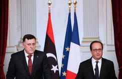 Le premier ministre libyen Fayez al-Sarraj et François Hollande, mardi à l'Élysée.