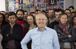 Yves Guillemot et des salariés d'Ubisoft