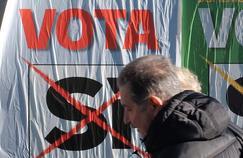 Une affiche dans les rues de Rome incitant à voter oui au référendum sur la réforme constitutionnelle.