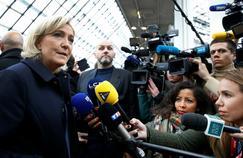Marine Le Pen, ce vendredi, au salon du cheval.