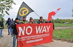 Manifestation d'identitaires autrichiens, près de Nickelsdorf.