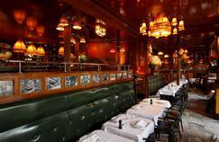 Le Dôme (XIVe), ouvert en 1898, est l'une des plus anciennes brasseries de Paris.