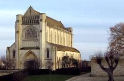 L'exposition «L'Ineffacé» révèle les «brouillons» d'artistes, exaltante première étape de leur processsus créatif, dans l'abbaye Notre-Dame d'Ardenne, à Caen.