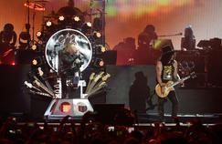 Le chanteur Axl Rose et le guitariste Slash ont mis fin à leurs querelles passées. Le groupe s'est reformé en avril 2016 au festival de Coachella, en Californie.