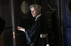 Eliane Houlette, qui occupe le poste de procureur national financier, et sa petite équipe d'une vingtaine de magistrats vont être saisis en exclusivité du contentieux de la fraude fiscale aggravée.