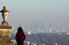À Paris, le pic de pollution est le plus important depuis 10 ans.