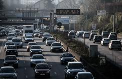 Le trafic est resté dense à Paris malgré la circulation alternée.