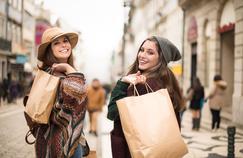 Les Millennials sont des consommateurs sous les projecteurs des marques.