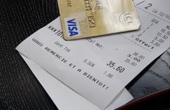 De nouvelles cartes sont lancées, plus chics que la Visa Premier ou la Gold MasterCard, et dotées de nouveaux services.